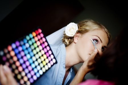 How To Select The Right Hair Stylist & Makeup Artist