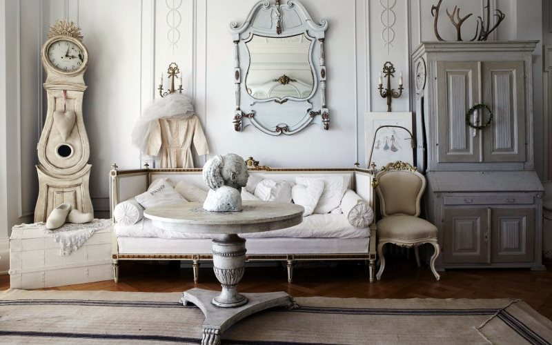 fascinating-shabby-chic-furniture-living-room-design-with-artistic-decorating-idea.jpg